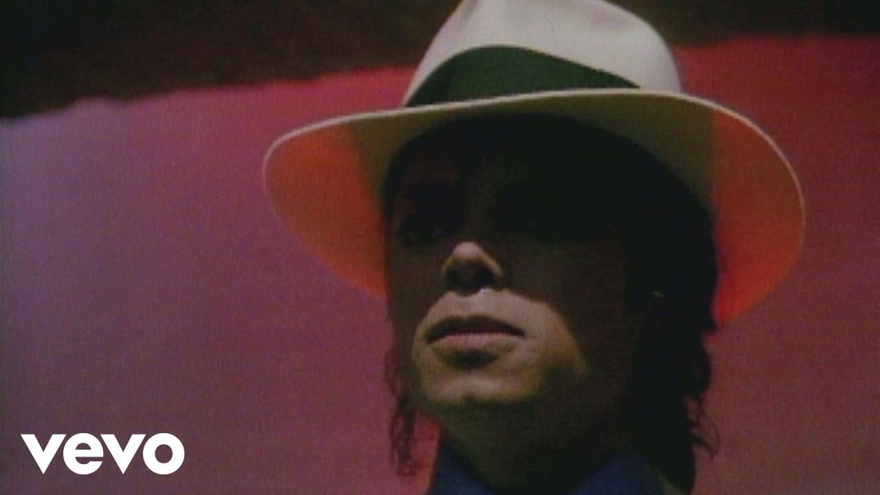Michael Jackson - Smooth Criminal (Official Video) - YouTube