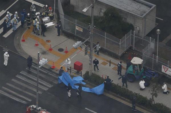 歩道に重機突っ込む 聴覚支援学校児童ら5人負傷、1人心肺停止