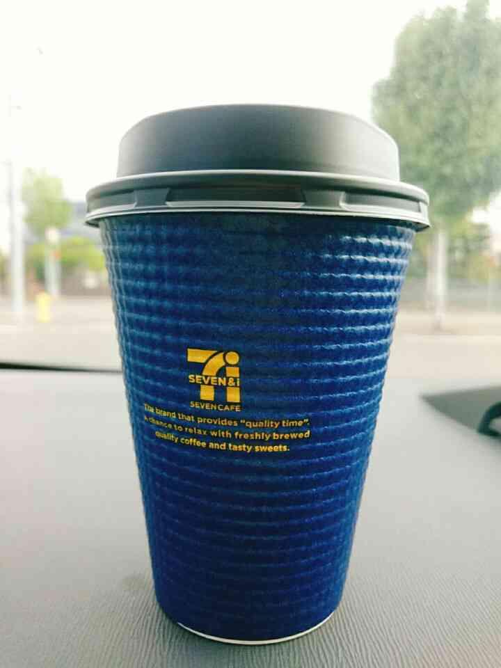 セブンのコーヒー、客が押したボタンをレジ内から確認できる? 選択ミスで差額徴収する店舗も