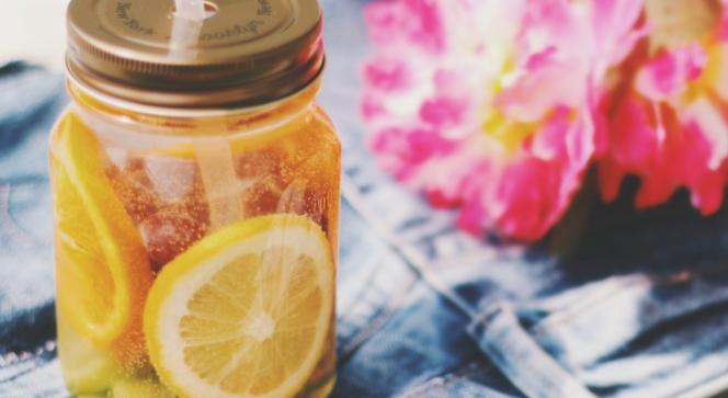 ストレス解消に効果的!飲むだけでイライラを抑える飲み物4選!! | 100テク