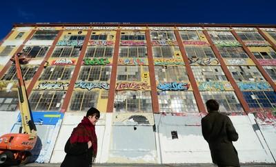 落書き塗りつぶしたビル所有者に7億円賠償命令 米NY