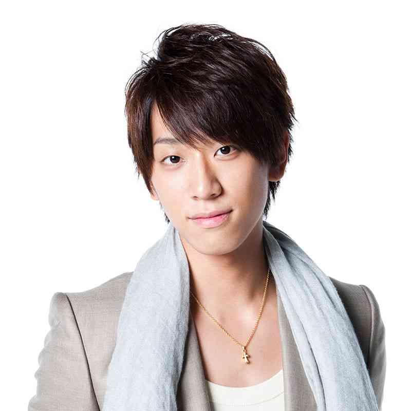 "NEWS小山慶一郎、ジャニーズ公式サイトでの顔写真公開の""ルール""明かす"