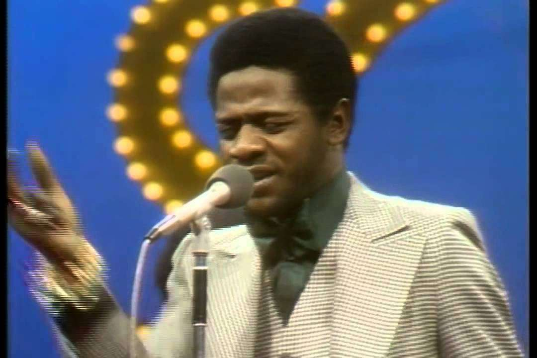 Al Green - You Ought to Be With Me (Soul Train 1973) - YouTube