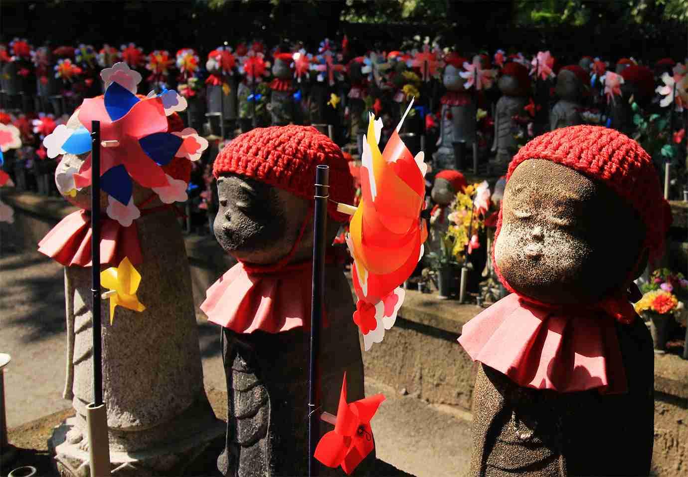 【悲報】平成時代でもっとも悲しい出来事を日本政府が発表 / ホルマリン漬けの胎児が15人発見される   バズプラスニュース Buzz+