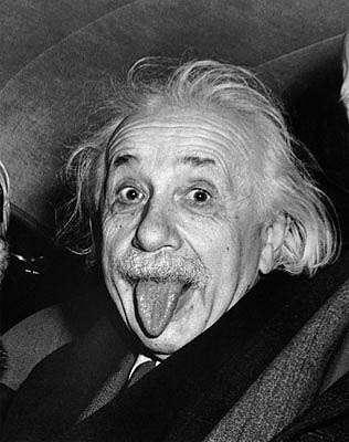 """木村拓哉が""""バカ説""""に反論!? 舌ペロ自撮り写真を「アインシュタインの影響」と衝撃釈明"""