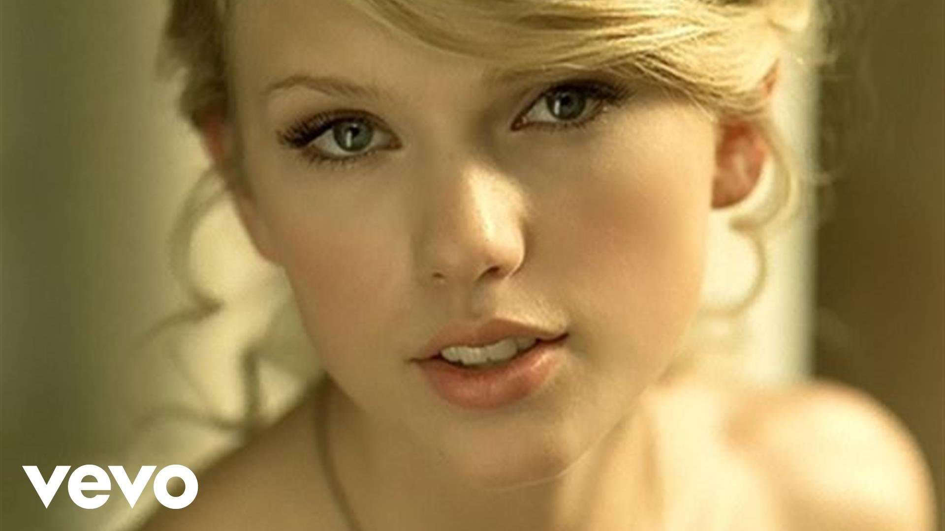 Taylor Swift - Love Story - YouTube