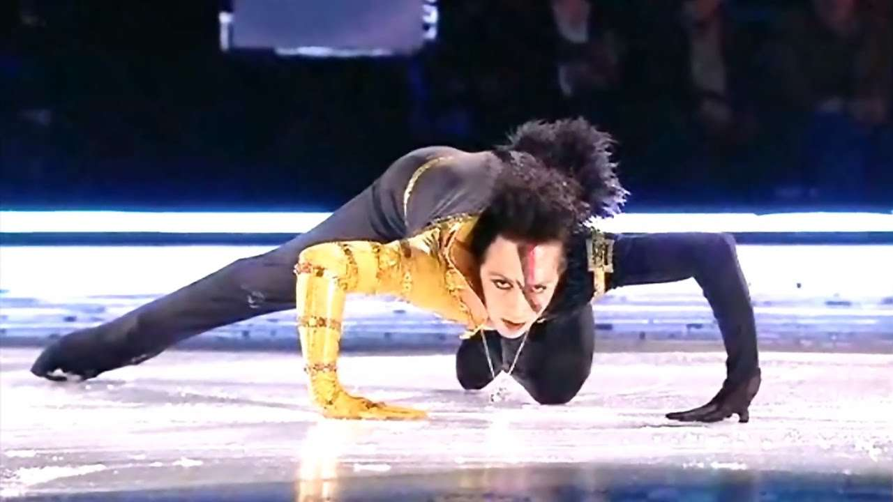Johnny Weir 'Just Dance' - YouTube