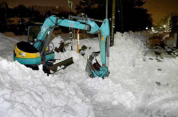 除雪作業の重機運転者が死亡 福井豪雪、疲労ピーク (福井新聞ONLINE) - Yahoo!ニュース