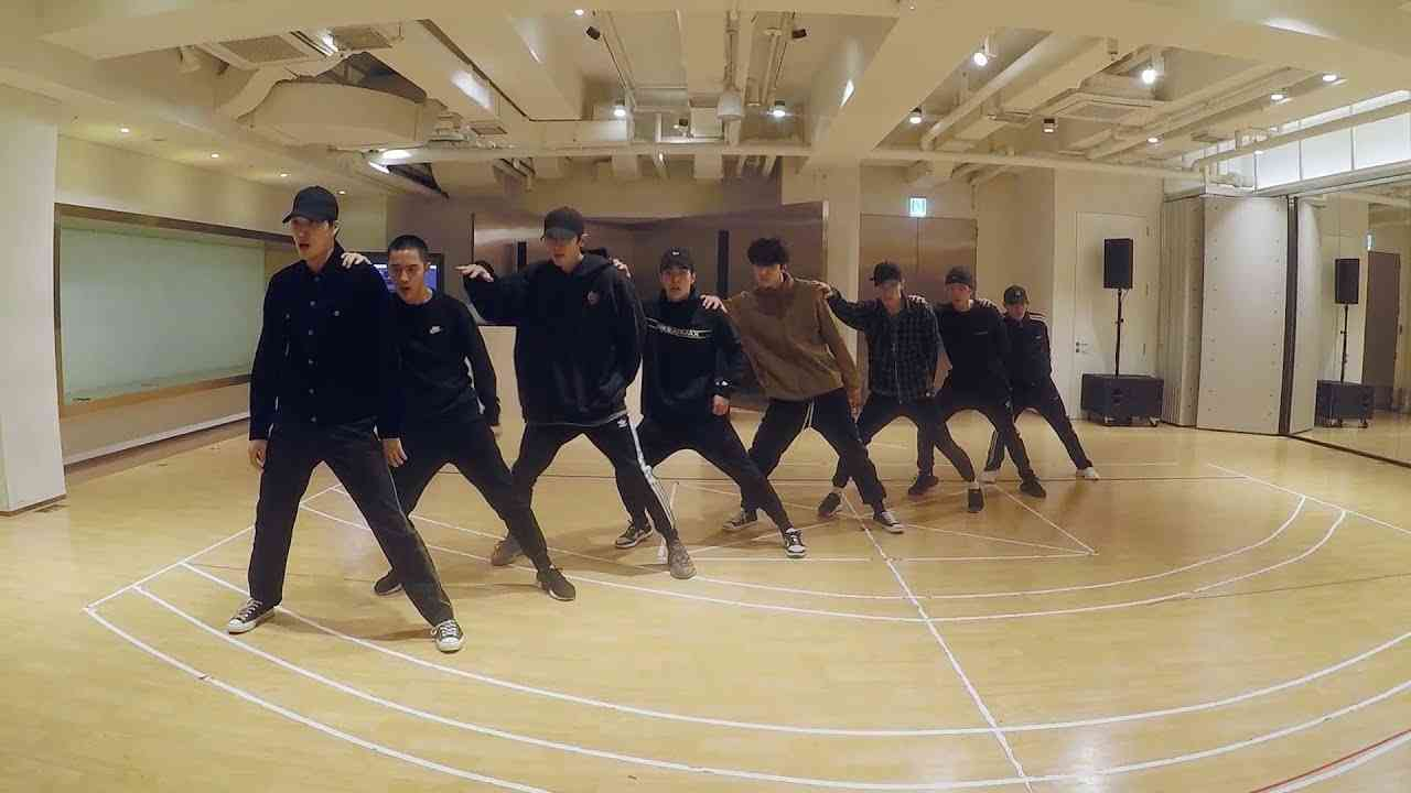 EXO 'Electric Kiss' Dance Practice - YouTube