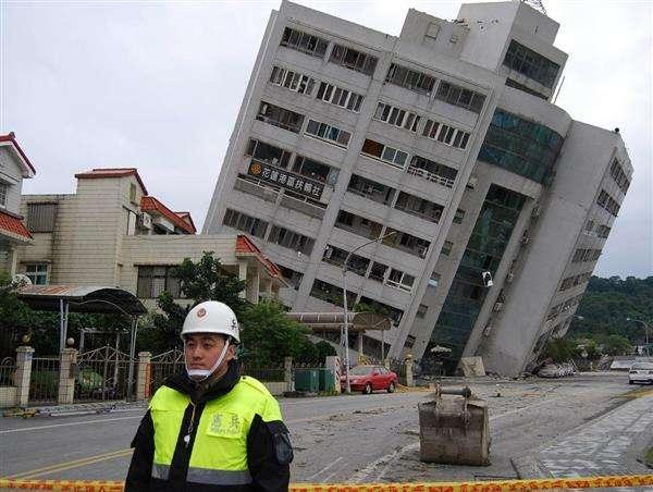 台湾の地震で邦人2人負傷、菅義偉官房長官「詳細を確認中」 - 産経ニュース