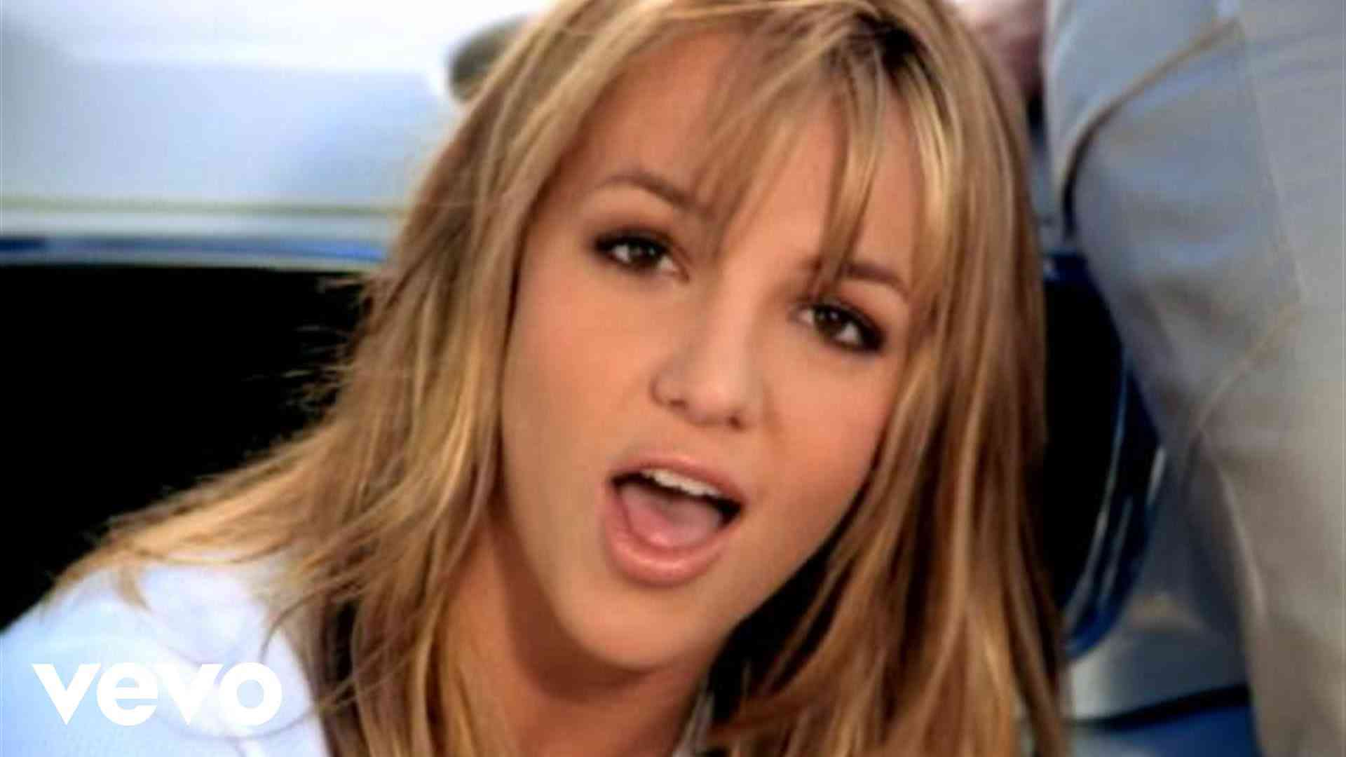 Britney Spears - Sometimes - YouTube