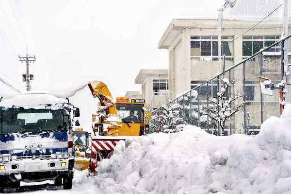 知事が異例要請「操業控えて」 福井豪雪で企業に対し (福井新聞ONLINE) - Yahoo!ニュース