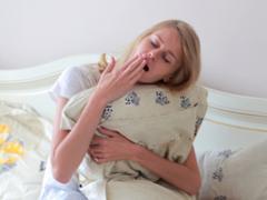 肌に悪いだけじゃない、睡眠負債のリスク