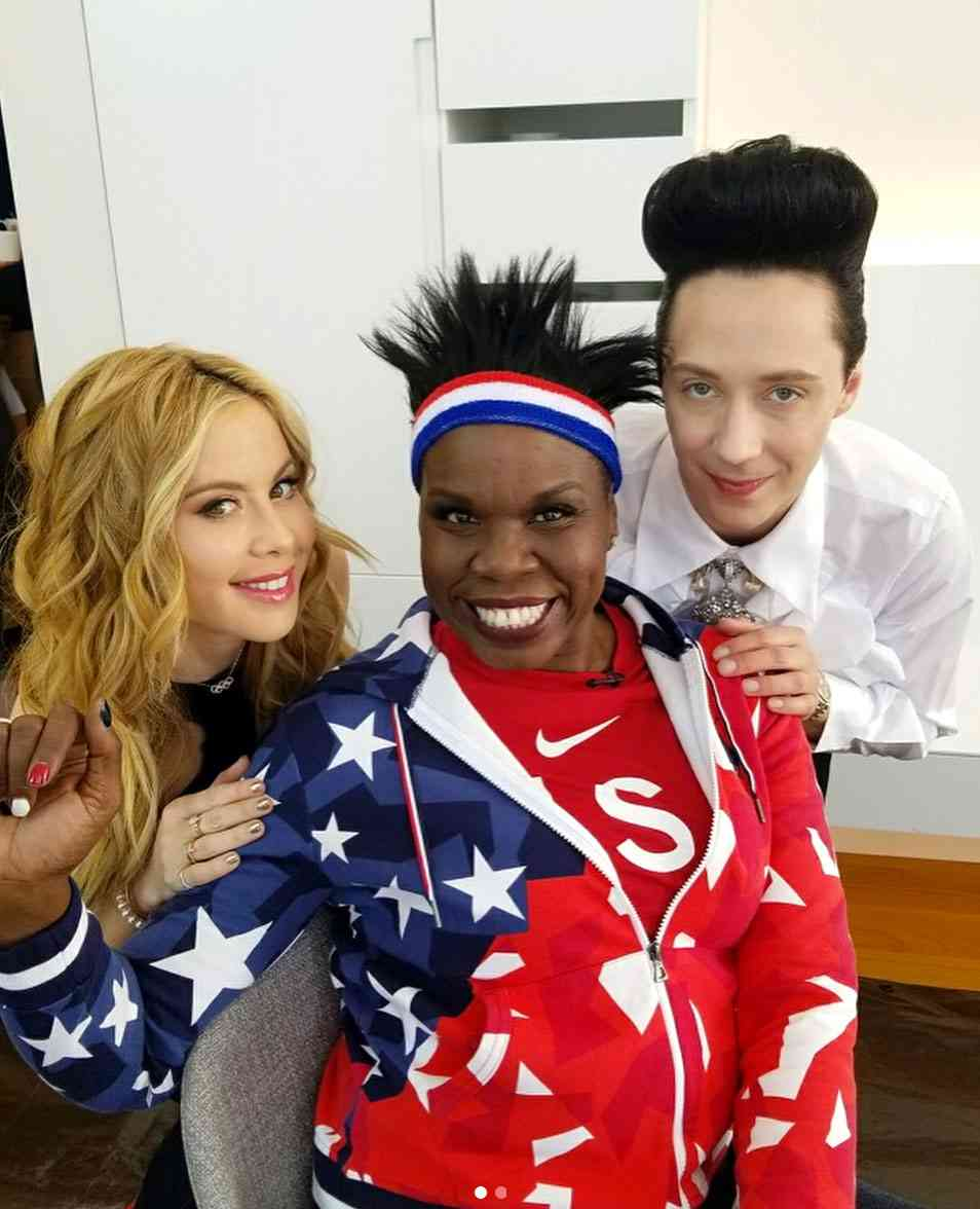 Leslie Jones, Tara Lipinski and Johnny Weir Strut to Beyoncé | PEOPLE.com