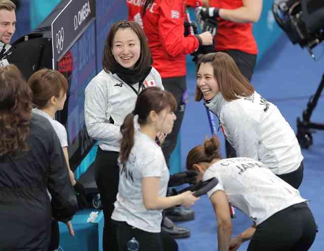 カーリング女子が銅メダル!英国を5-3で破る : スポーツ報知