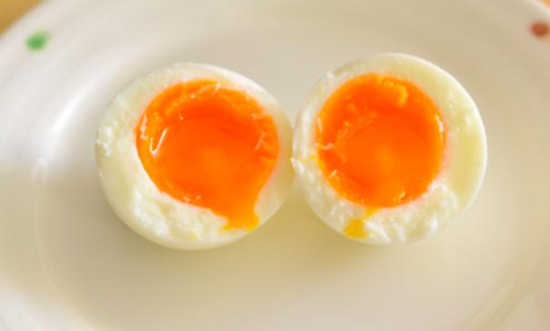 ゆで卵を半熟に仕上げる作り方!簡単に水から作る方法はこちら!! | 100テク