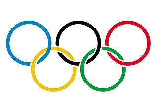 【平昌五輪】強風で広報館が運営中断、一部種目で開催延期 強風で飛ばされたオリンピック広告の電光板で女性ら7人病院に搬送! | MIZUHO no KUNI ≪2ch≫特亜ニュース