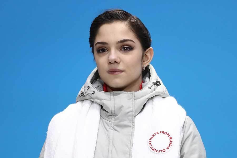 メドベージェワ、涙の勲章「私の双子」を公開 ファン祝福「私には貴女が一番だ」 (THE ANSWER) - Yahoo!ニュース