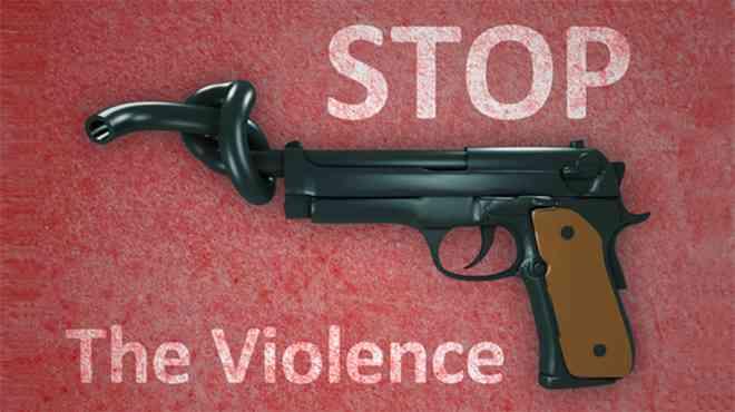 トランプ氏、乱射犠牲者の同級生らと面会 教員の銃携帯検討へ