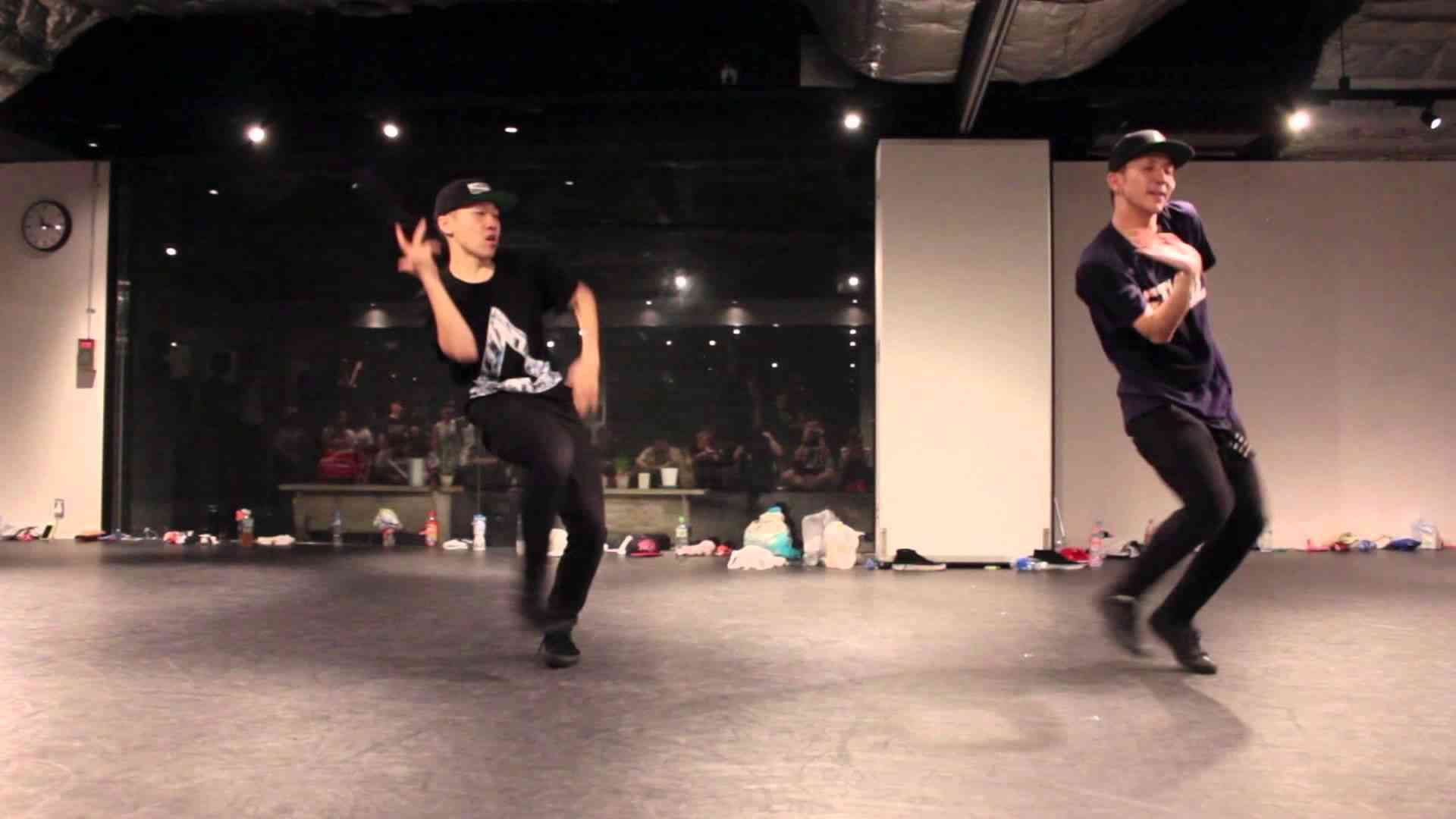 Shingo Okamoto & Kazuki(s**tkingz) | The Specktators - Neon Lights - YouTube