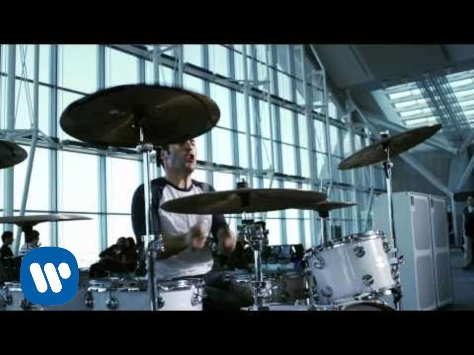 Simple Plan - Jet Lag ft. Natasha Bedingfield (Official Video) - YouTube