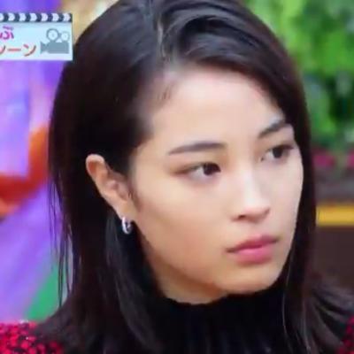 後輩、大友花恋の発言に広瀬すず真顔ww生放送で不機嫌あらわに - NAVER まとめ