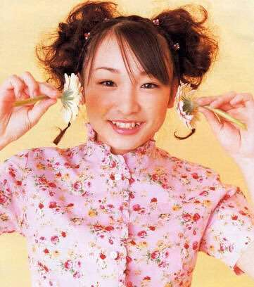 加護亜依、お花見するも体調絶不調でずっと夫のひざ枕「こんなに素敵な桜なのに」