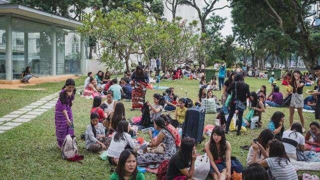 CNN.co.jp : シンガポールの外国人家政婦、60%が雇用主から搾取被害 - (1/2)