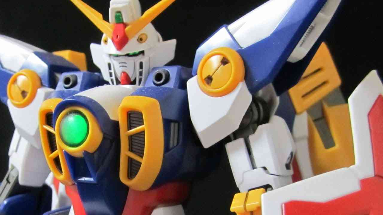 MG Wing Gundam (Part 6: Transformation) Gundam W Bird Mode review - YouTube