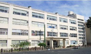【体罰】横浜市立元石川小学校の教諭体罰は誤報!真相は?「バインダーで怪我するわけないじゃん」 | matomemomo