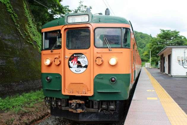 115系「かぼちゃ電車」引退 JR高崎支社管内から  :日本経済新聞