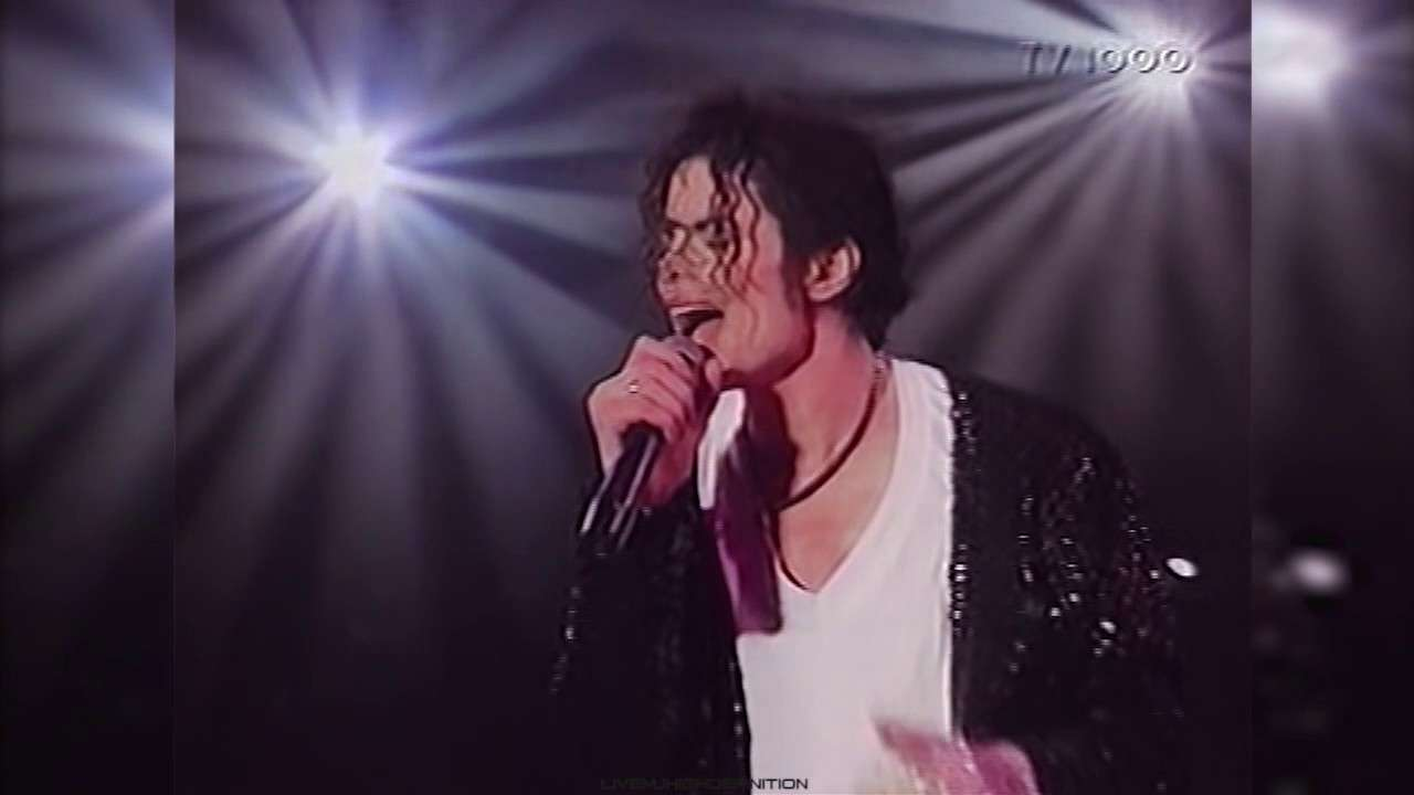 Michael Jackson - Billie Jean - Live Gothenburg 1997 - HD - YouTube