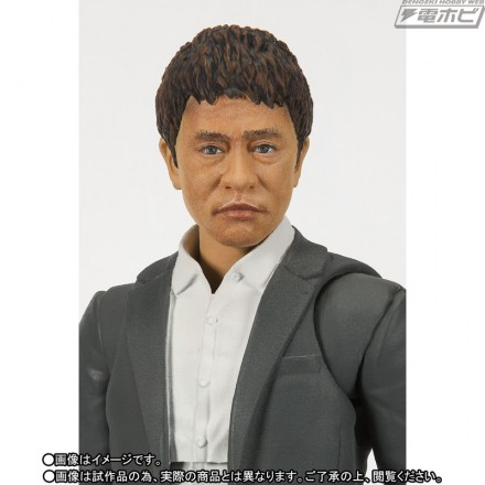 「ダウンタウン」松本人志と浜田雅功が可動フィギュアに、全身18箇所可動でさまざまなポーズが再現可能