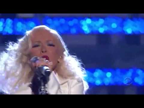 It's a Man's Man's Man's World - Christina Aguilera (live) - YouTube