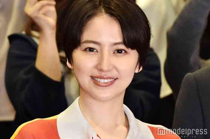 長澤まさみ 11年ぶり月9主演で「みんなの期待背負って撮影」試写会に登場