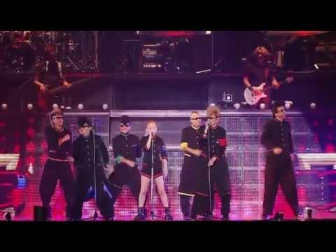 ayumi hamasaki - One Night Carnival (ARENA TOUR 2012 A ~HOTEL Love songs) - YouTube
