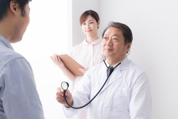良かかりつけ医の見分け方 病院のスリッパ、雑誌も判断材料