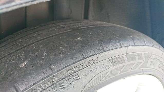 新品タイヤの料金で中古タイヤを販売 ガリバーに怒りの告発