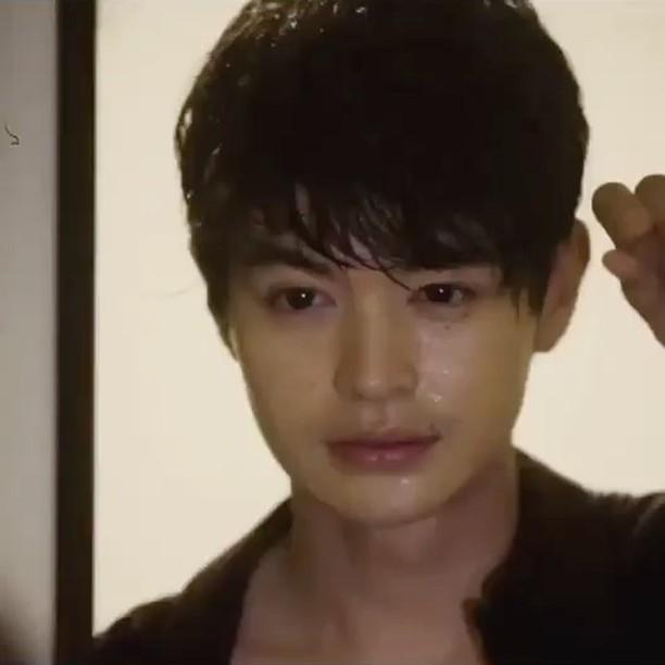 蜷川実花 公式ブログ - 悪い男 - Powered by LINE