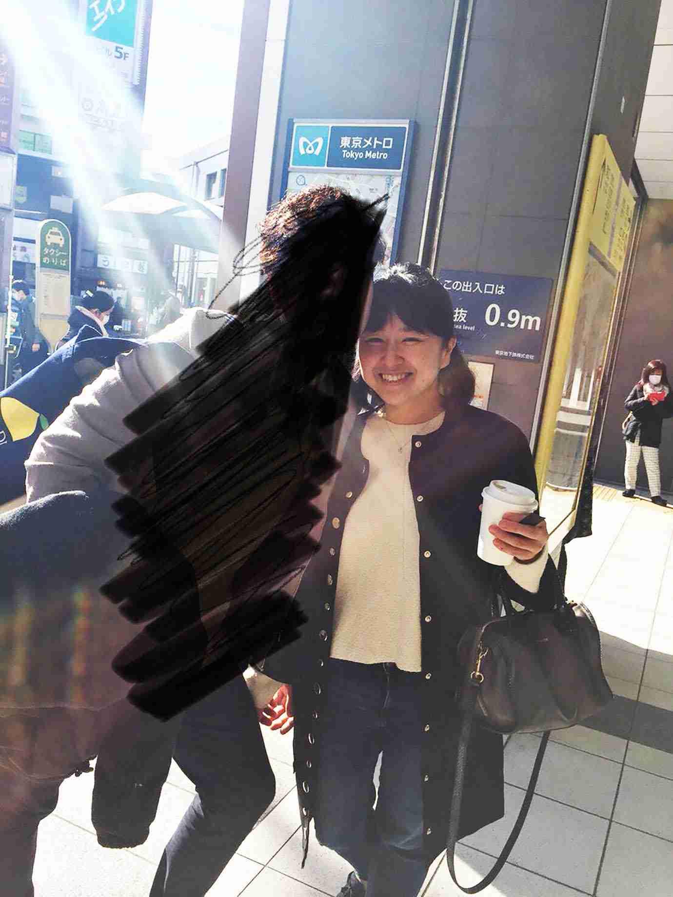【緊急事態】子供の奨学金を奪って大学生と駆け落ちした母親が大炎上 / インターネット上で公開捜査「母親は元タレントの電波子17号」 | バズプラスニュース Buzz+