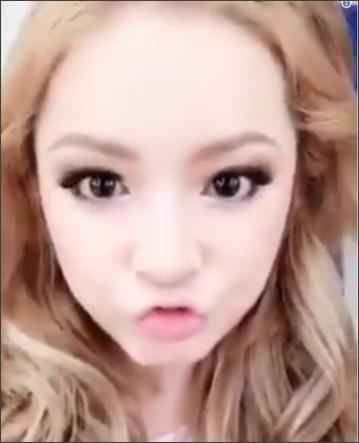 """浜崎あゆみ、""""盛り髪""""が完成するまで メイク中のドアップ動画が「可愛すぎる」とファン興奮"""