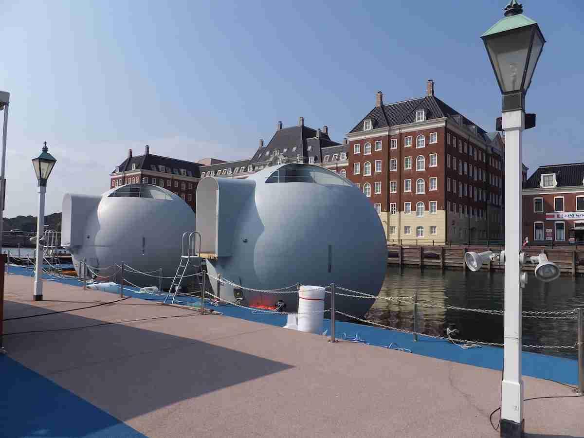 ハウステンボスと無人島を行き来する 世界初、移動式の球体型水上ホテル稼働へ
