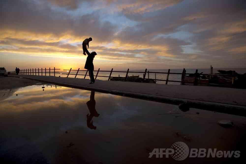 子どもの精神疾患リスク、高齢の父親で高まる 研究 写真1枚 国際ニュース:AFPBB News