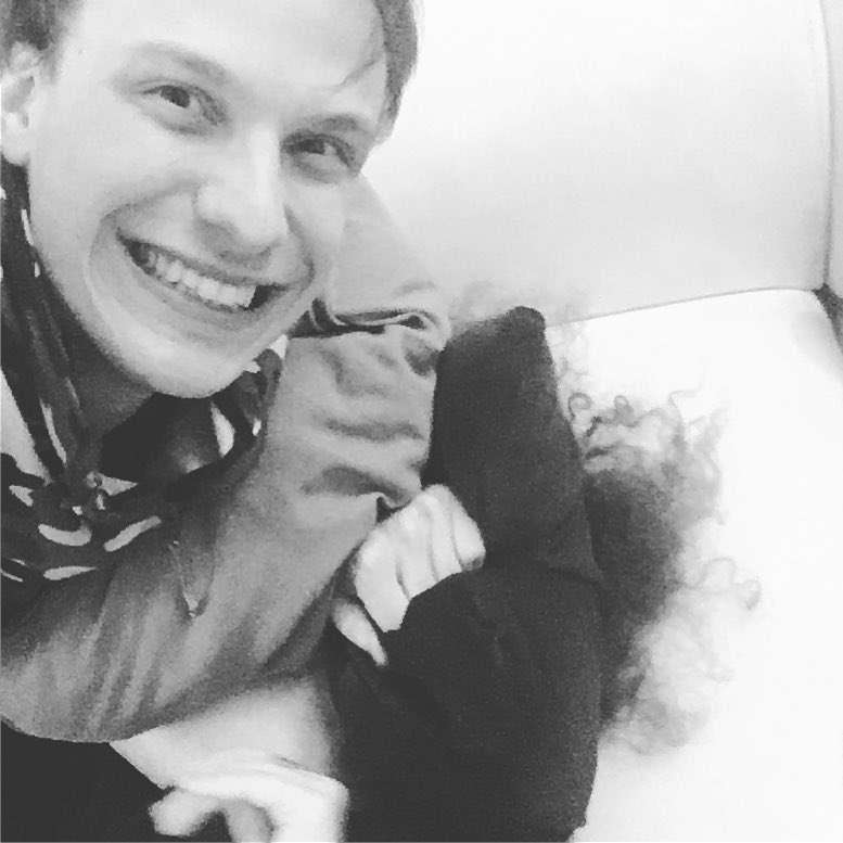 """Ivan on Instagram: """"Omicidi col cuscino fantastici e dove trovarli ❤️ [spoiler] : è sopravvissuta..."""""""