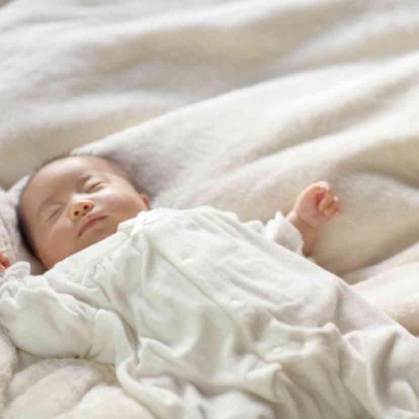 自分の赤ちゃんを初めてちゃんと抱っこした時、どんな気持ちでしたか?