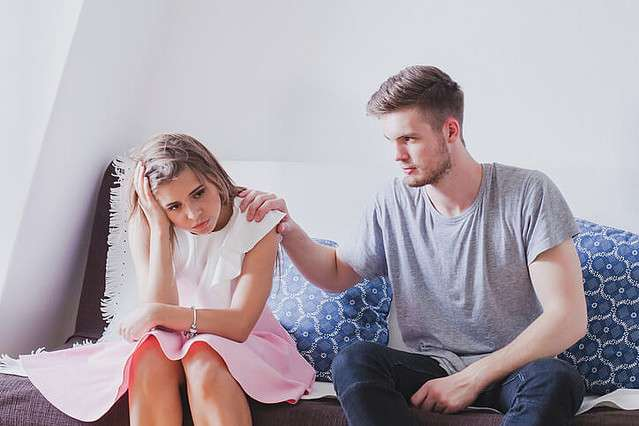 男子が悩む「どうしても理解できない」女子の行動パターン3つ