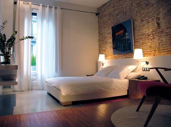 【模様替え】ホテルみたいな、素敵なお部屋にするためのコツ8ヶ条♡ MERY [メリー]   branding image   Pinterest   Barcelona catalonia, Hotel reviews and Bedrooms