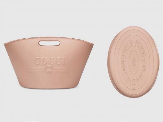 グッチの洗濯カゴのようなバッグが10万円で酷評 「バケツじゃねーか」「洗濯カゴ」「洗濯物入れ?」   ゴゴ通信