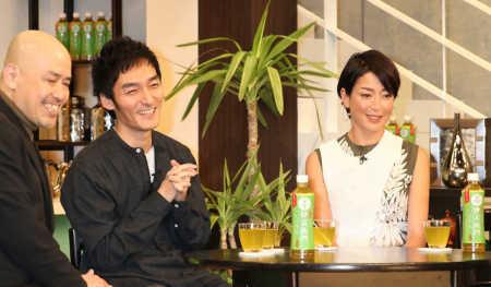 草なぎ剛「憧れ」宮沢りえ結婚を祝福、「サンタフェ」にサインもらい喜ぶ (スポニチアネックス) - Yahoo!ニュース