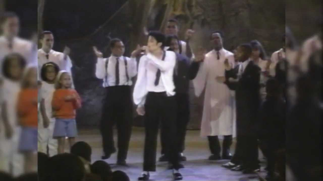 Michael Jackson - Dangerous/You Are Not Alone (25th Soul Train Music Awards 1995) - YouTube